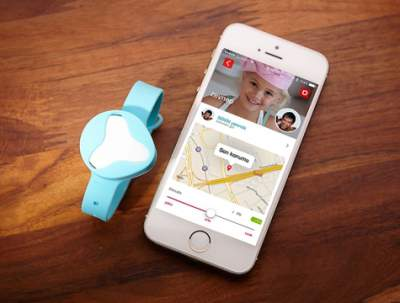 GPS kids watch with app on smart phone